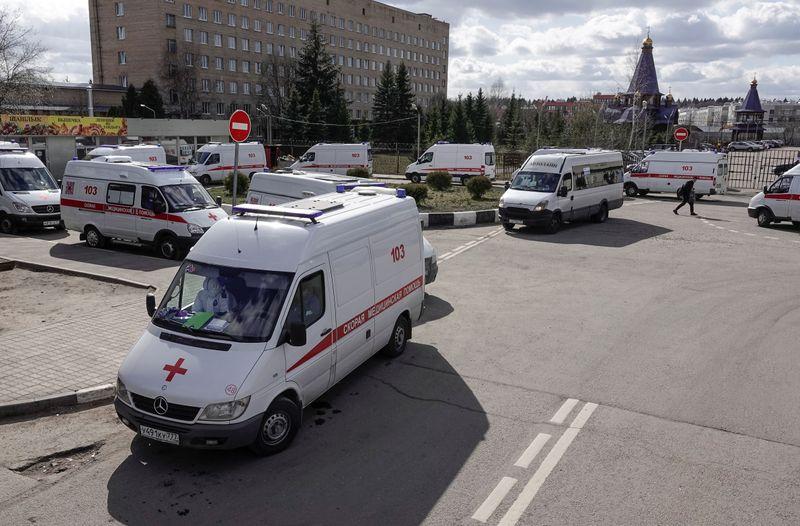 Московские больницы работают с максимальной нагрузкой