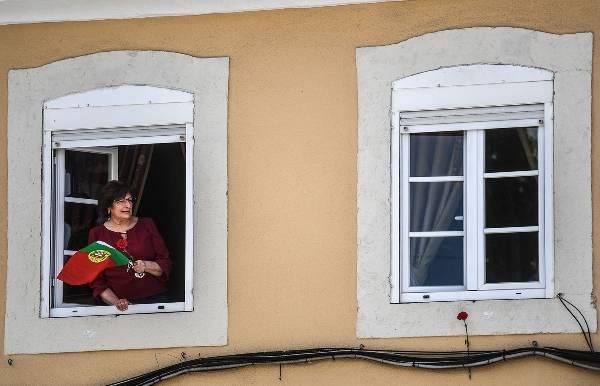 Португалия отменит чрезвычайное положение с 3 мая