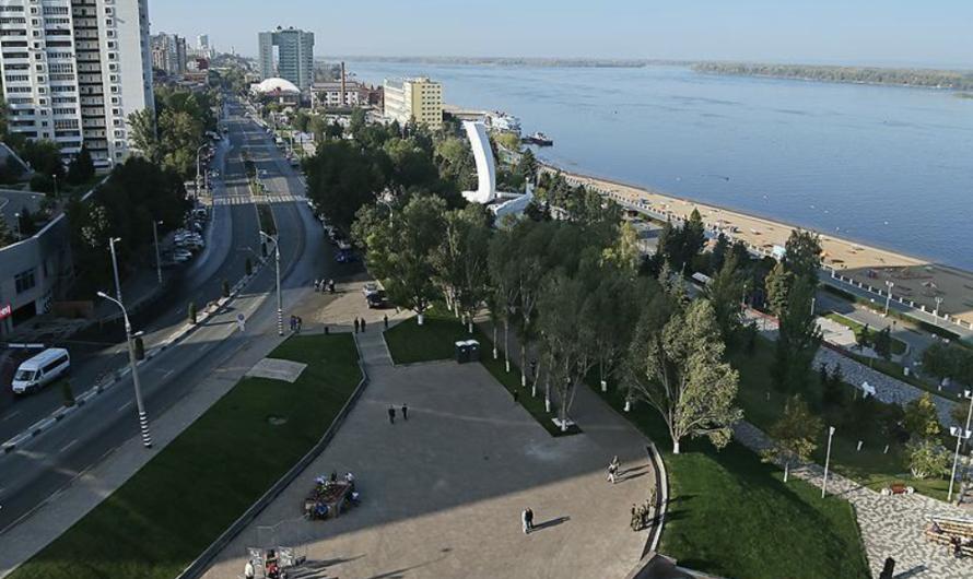 В Самаре и Самарской области патрули на улицах начали проверку горожан